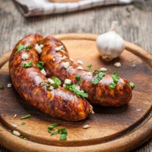 Научится готовить домашнюю колбасу