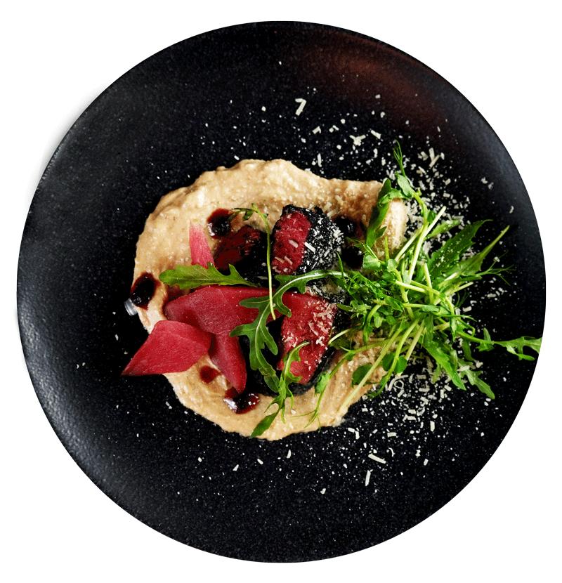 Сочетание мяса и рыбного соуса
