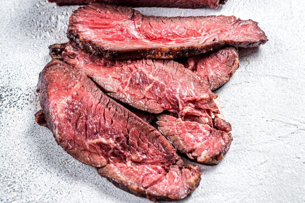 Как выбирать мясо для стейков